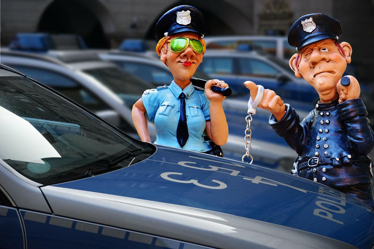 Polizei kontrolliert Maskenpflicht